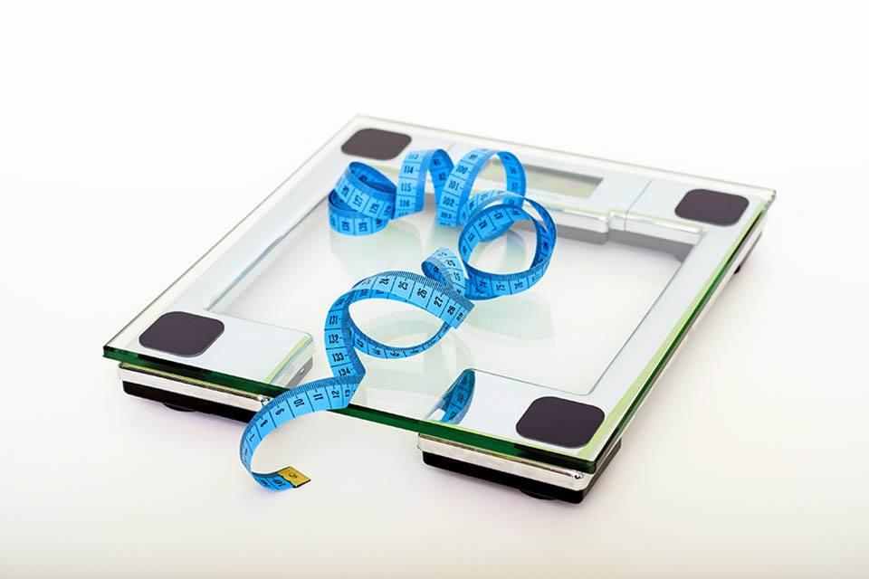 Au delà du poids : le pourcentage de masse grasse